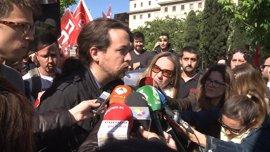 """Pablo Iglesias, en Cádiz: """"Un país serio debe proteger a sectores estratégicos como el del metal"""""""
