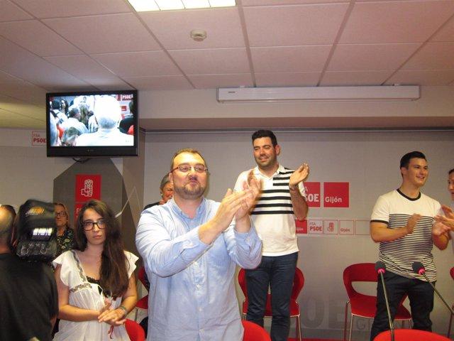 Acto Presentacion Candidatura Adrian Barbon