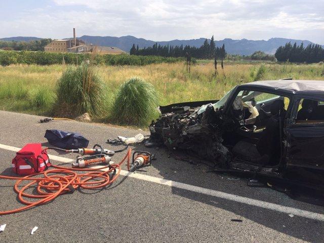 Accidente entre dos coches en la N-332, en Cullera