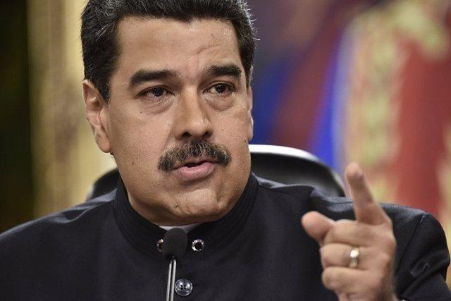 Maduro aumenta sueldo mínimo