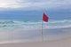 Banderas en la playa y otras señales que deben conocerse para evitar accidentes
