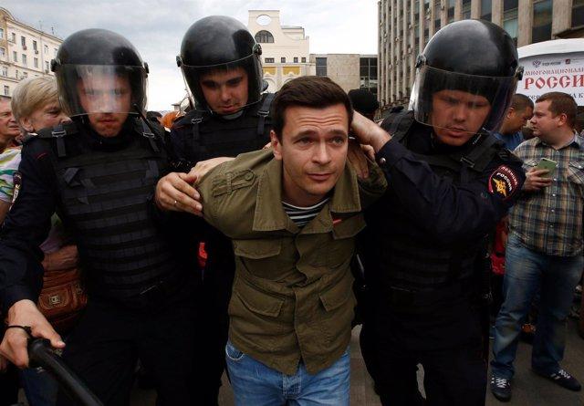 El opositor  Alexei Navalni y más de 110 manifestantes detenidos en Moscú