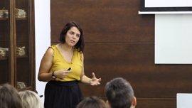 """Alma Serra: """"El mindfulness aporta a los alumnos unos resultados académicos por encima de la media"""""""