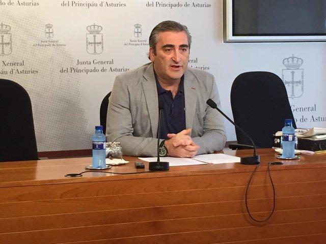 Carlos Suárez en rueda de prensa.
