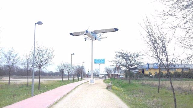Avioneta de cerámica de Talavera