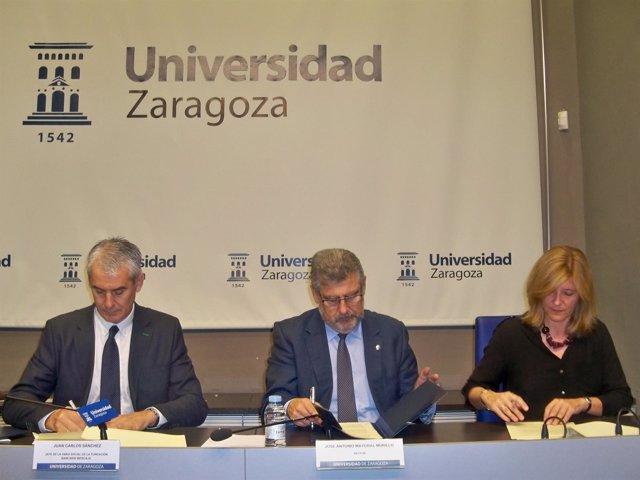 Firma del convenio de colaboración entre las tres instituciones