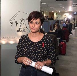 La ex número 3 del PSOE en el Congreso deja la dirección del grupo y presidirá una comisión