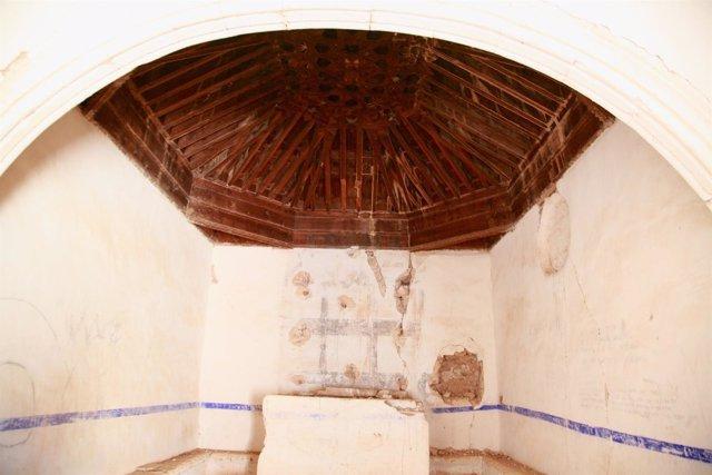 Interior de la ermita de Pozuel de Ariza