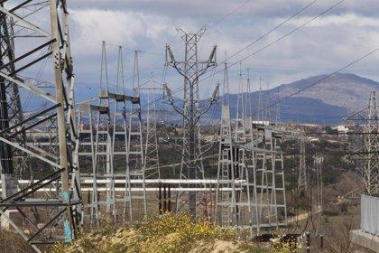 El Gobierno crea una comisión de expertos sobre transición energética y le da 6 meses para presentar informe