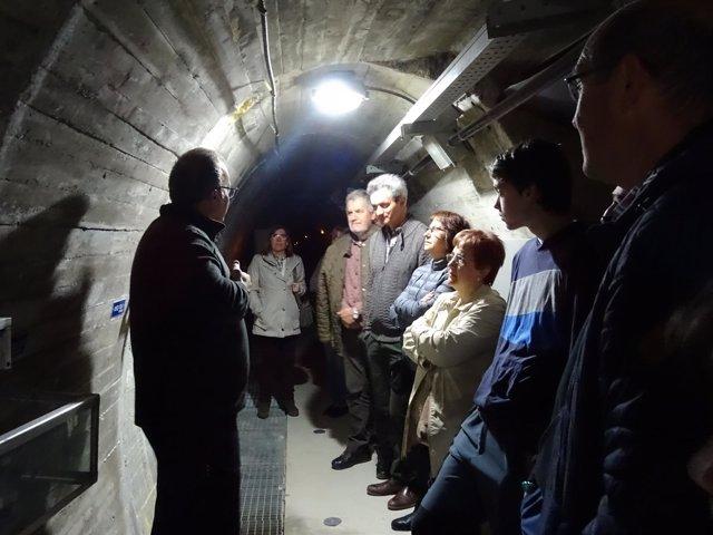 Visita a las galerías interiores de la presa de El Grado