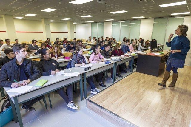 Facultad de Derecho, aula universidad