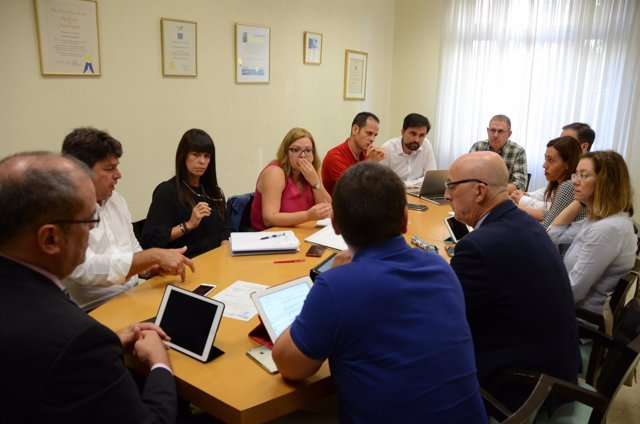 Nota De Prensa Y Fotografía: Tdt Constitución Comisión