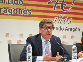 """Aliaga (PAR) considera """"pobre"""" el balance de gestión de Lambán"""