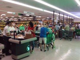 Mercadona se implanta en Isla Cristina con un supermercado que da empleo a 35 personas