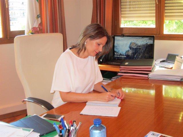 Ana Cobo en su despacho
