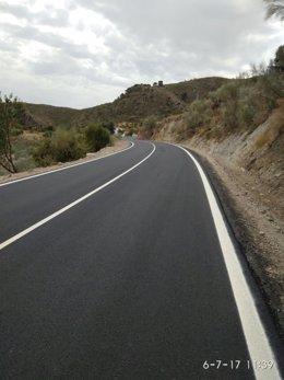 Las obras han dejado en buenas condiciones la carretera AL-6107.