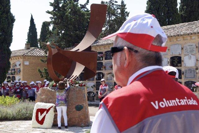 El Ayuntamiento ha rendido homenaje a los voluntarios fallecidos el pasado año