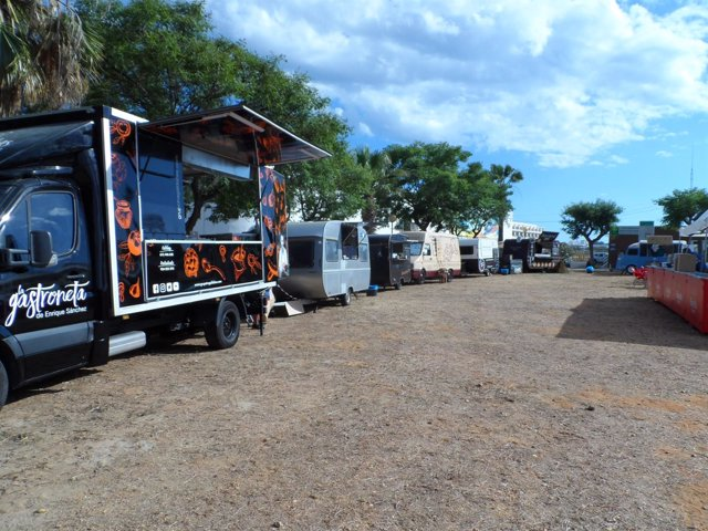 El puerto de Ayamonte acoge el festival Food Fest Trucks