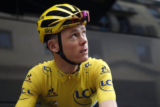 El líder del Tour de Francia y actual campeón Chris Froome