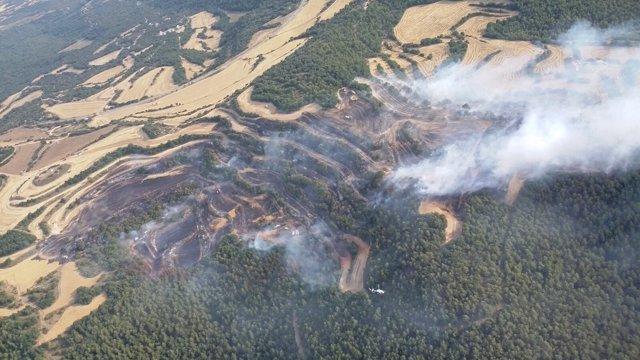 Vista aérea del incendio de Biosca (Lleida)