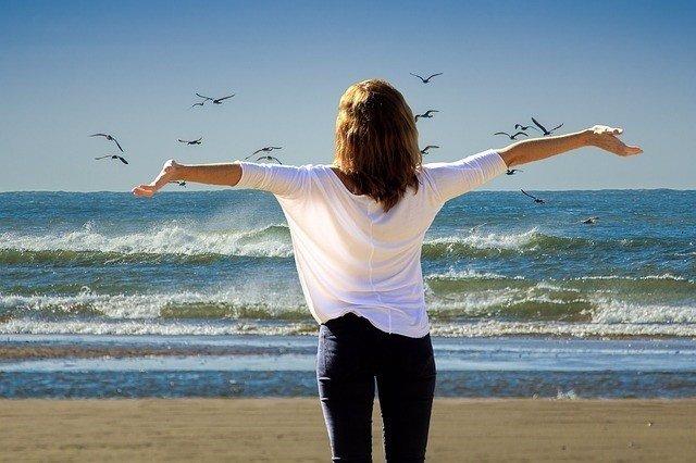 Vacaciones, verano, felicidad, playa, relax, relajación, mar, olas, gaviotas