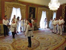 """Bayona y Pamplona celebran el """"resurgir"""" de sus relaciones en el tradicional encuentro en Sanfermines"""