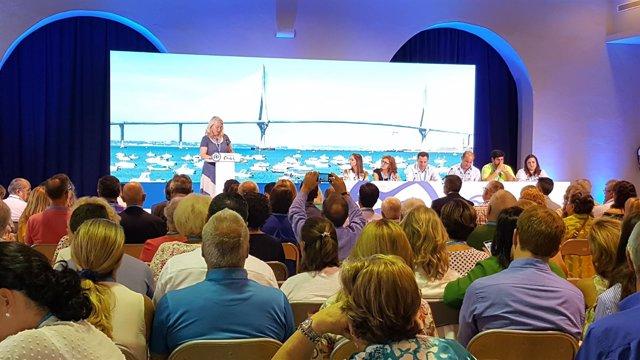 Mercedes Colombo en el congreso del PP