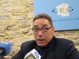 """El presidente de la CEG augura efectos """"muy importantes"""" en la economía si la huelga de transporte se hace indefinida"""