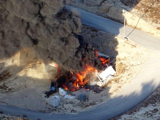 Imágenes del incendio tomadas helicóptero de vigilancia ACOVI