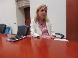 """La AMI dice que Colau ha decepcionado a los catalanes y le pide """"que no impida"""" el 1-O"""