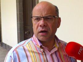 """Barragán admite un """"bloqueo"""" en las negociaciones CC-PP y no descarta cerrar un acuerdo de estabilidad parlamentaria"""