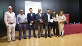 Gil Rosiña aboga por la cooperación entre administraciones para trabajar de manera conjunta en el sector del turismo