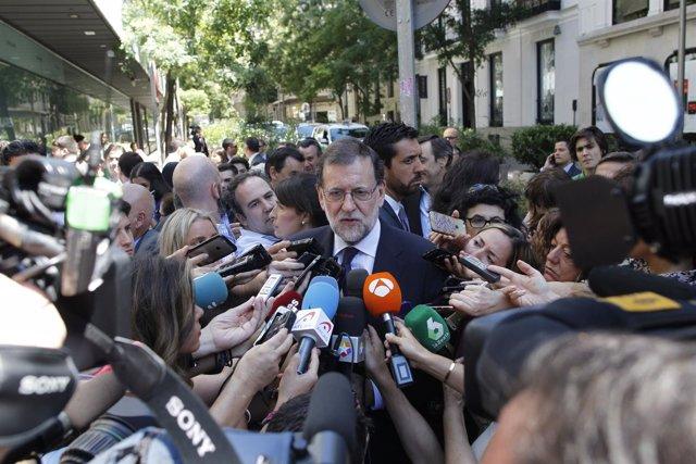 Declaraciones de Rajoy a las puertas de la sede del PP