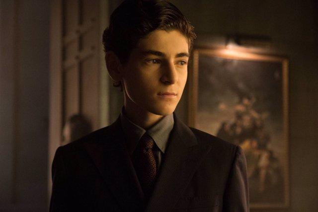 David Mazouz como Bruce Wayne en Gotham