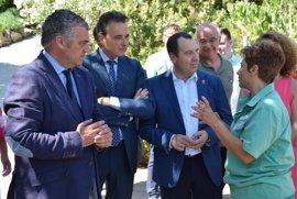 Los planes de empleo de la Junta han permitido la contratación de 204 parados de Torremolinos