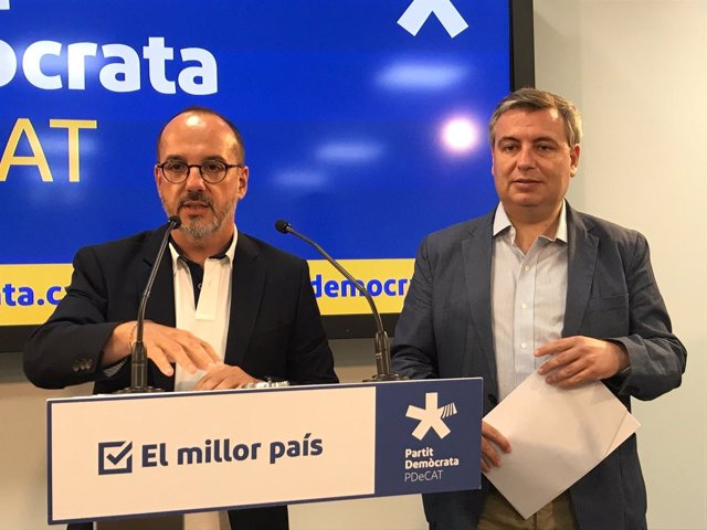C.Campuzano y J.Xuclà, PDeCAT, en rueda de prensa