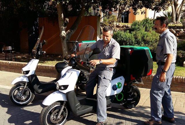 MOTO Electrica mantenimiento personal UMA sostenibilidad autonomía ciclomotor