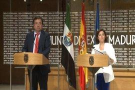 """Vara pide al Gobierno cumplir con las inversiones extraordinarias y Santamaría recalca la voluntad de dar """"continuidad"""""""