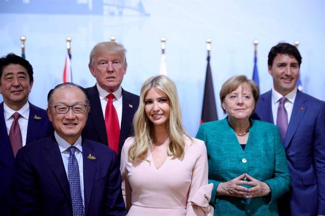 Ivanka Trump junto a otros líderes en el G20