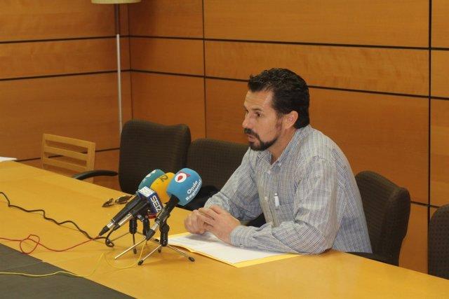 Mario Gómez en rueda de prensa
