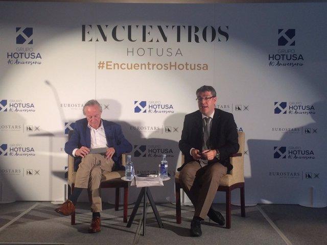 Josep Piqué y Álvaro Nadal, en los encuentros Hotusa