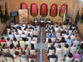 El claustro mudéjar del Monasterio de la Rábida acoge conferencia inaugural de los Cursos de Verano de la UNIA