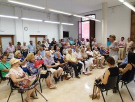 Durán presenta su proyecto para presidir el PP de Palma a vecinos de s'Escorxador, Eixample y Plaza de Toros