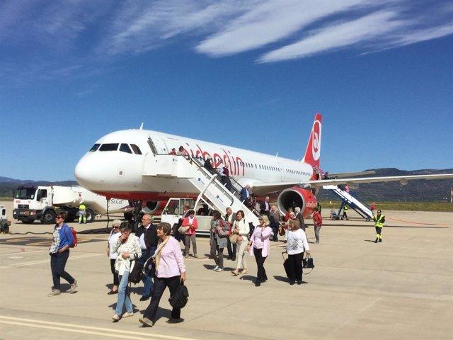 El aeropuerto de Castellón recibe a turistas austríacos