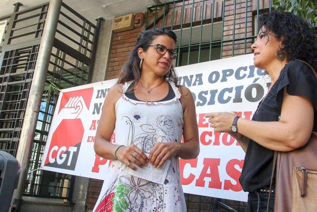Teresa Rodríguez y Maribel Mora en una concentración de CGT