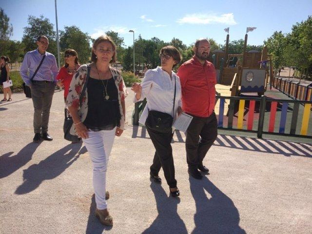 Sabanés pasea por el Parque de Fuente Carrantona