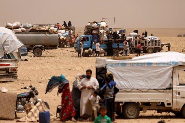 Desplazados por la ofensiva contra Raqqa