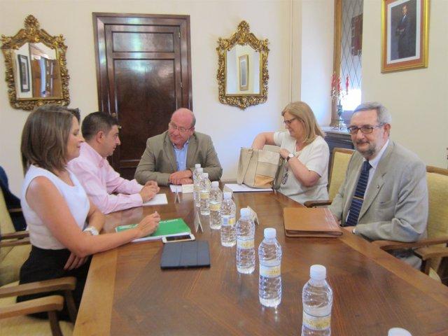 Reunión sobre el Museo Íbero
