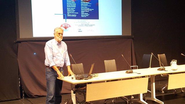 El catedrático de Microbiología Ricardo Amils.