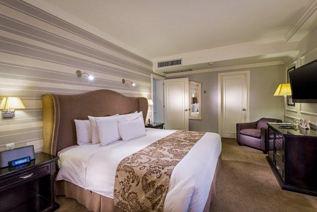 Una habitación de hotel